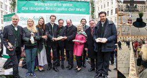 Längste Brettljause der Welt in Wien